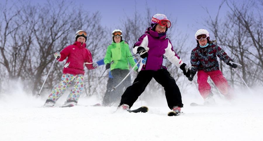 Ski Sommet Saint-Sauveur en famille