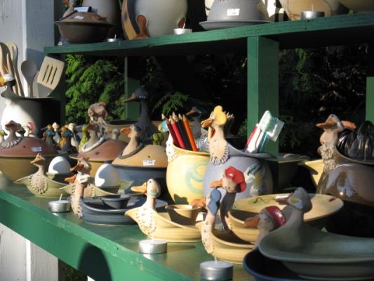 Exposition 1001 pots